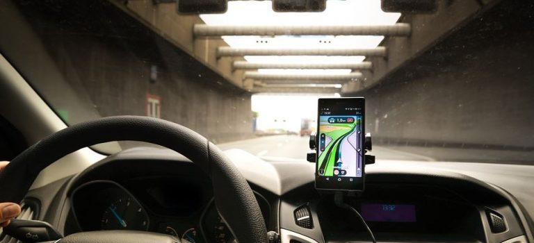 Comment fonctionne un transmetteur Bluetooth pour voiture ?