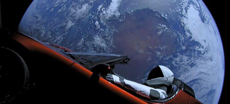 La voiture d'Elon Musk pourrait revenir sur Terre