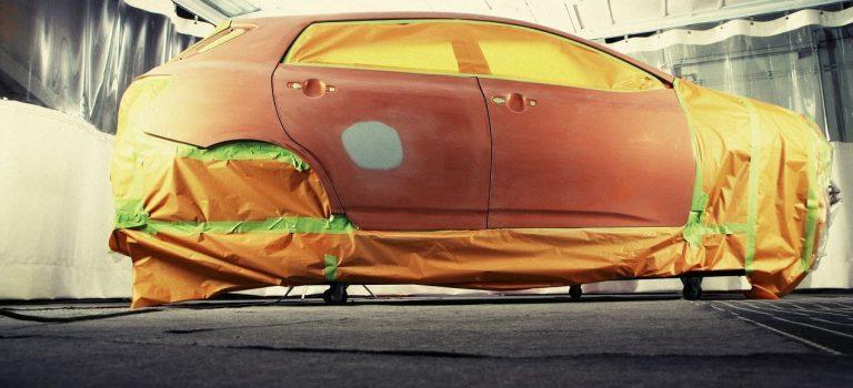 Redonner vie à la carrosserie de votre voiture : 3 astuces utiles!