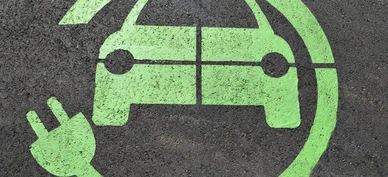 Borne de recharge de voiture électrique gratuit ou payant ?